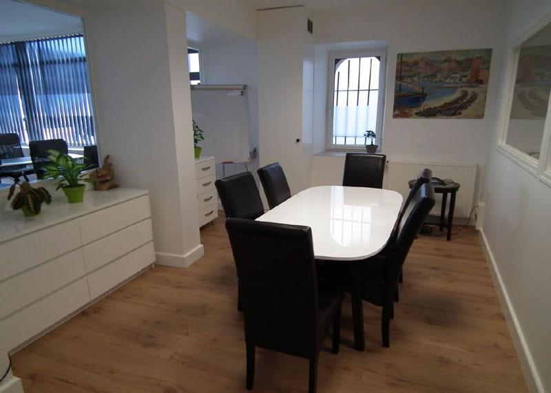 location de bureaux nantes. Black Bedroom Furniture Sets. Home Design Ideas